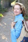 Naturalna outdoorsy 65 lat kobieta obrazy stock