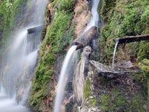Naturalna podpływowa woda, spout woda, naturalnej wiosny woda Fotografia Stock