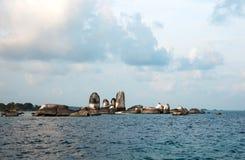 Naturalna rockowa formacja w morzu przy Belitung wyspą, Indonezja Obrazy Stock
