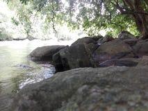 Naturalna skała w rzece w sri lance Zdjęcie Stock