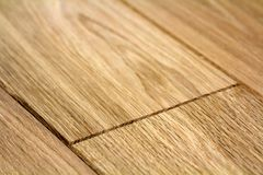 Naturalne światło - brąz drewniane parkietowe podłogowe deski Pogodna miękka żółta tekstura, kopii astronautyczny perspektywiczny obrazy royalty free
