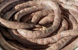 Naturalne świeże surowe wieprzowiny mięsa kiełbasy Obraz Stock