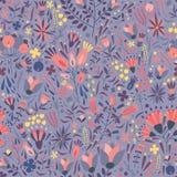 Naturalny bezszwowy wzór z wspaniałą kwitnącą łąką kwitnie na purpurowym tle Tło z ładnym kwieceniem Fotografia Royalty Free