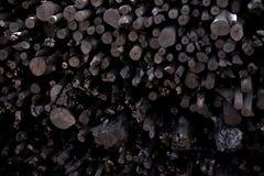 Naturalny drewniany węgiel drzewny, tradycyjny węgiel drzewny lub ciężki drewniany charcoa, Obrazy Royalty Free