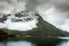 Naturalny Hardangerfjord fjord krajobraz Norway Obrazy Stock