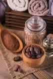 Naturalny kosmetyka olej, morze sól i naturalny handmade mydło z co, Zdjęcia Stock