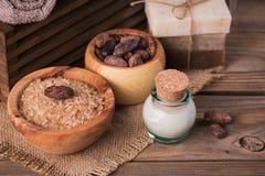 Naturalny kosmetyka olej, morze sól i naturalny handmade mydło z co, Obrazy Royalty Free