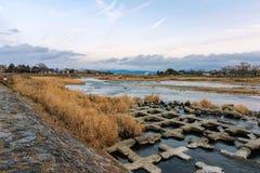 Naturalny krajobraz z strumieniem zdjęcie stock