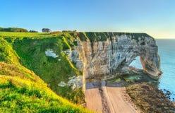Naturalny kreda łuk przy Etretat, Francja zdjęcia royalty free