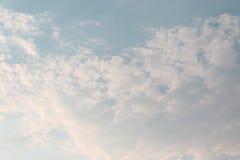 Naturalny tło w niebie Zdjęcia Stock