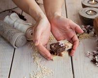 Naturalny zdroju manicure'u położenie Zdjęcie Royalty Free
