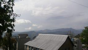 Naturansicht von Bergen vom Dach Lizenzfreies Stockfoto