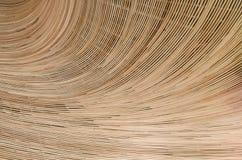Naturbakgrund av den bruna surfaen för rotting för hemslöjdvävtextur Arkivbilder