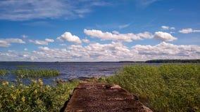 nature nordique Vieille jetée sur la mer et le vent images libres de droits