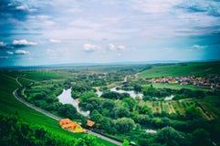 Nature principale de volkach de montagne de vin de Franken buvant vers le bas image libre de droits