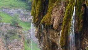 Nature transparente et eau clair comme de l'eau de roche banque de vidéos