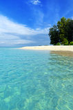 Tropical beach. Blue sky and clear water. Royalty Free Stock Photos