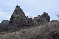 Naturen parkerar blå ` vaggar ` - Bulgarien, Sliven Arkivbilder