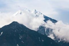 Natureza bonita da montanha de Himalaya fotografia de stock royalty free