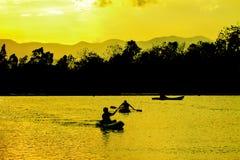Natureza, caiaque e sunste abstratos Fotos de Stock Royalty Free