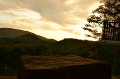 Natureza cingalesa - nivelando o por do sol foto de stock royalty free