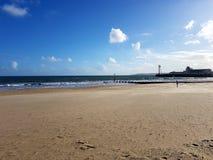 Natureza da areia das férias de verão do sol da praia do céu Imagens de Stock Royalty Free