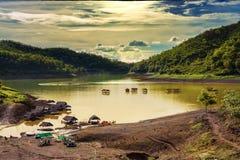 Natureza da represa em Tailândia fotos de stock royalty free