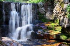Natureza de relaxamento da paisagem da cachoeira Fotografia de Stock Royalty Free
