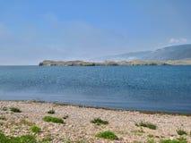 Natureza do Lago Baikal A costa do lago Fotografia de Stock Royalty Free