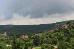Natureza e casas verdes neles - beleza búlgara Fotografia de Stock Royalty Free