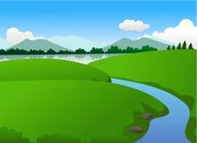 Natureza verde bonita com lago e montanha no por do sol Ilustração Royalty Free