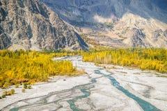 Naturlandschaft von Skardu im Herbst pakistan stockfotos