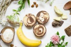 Naturlig organisk tvål Ekologiska skönhetsmedel Eco kroppomsorg Royaltyfri Fotografi