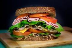 Naturlig smörgås med kött arkivfoto