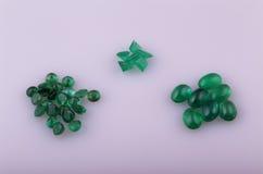 Naturlig smaragd arkivbild