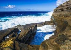Naturlig stenbro Oahu, Hawaii Arkivfoton