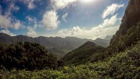 Naturliga Anaga parkerar av den Tenerife ön stock video