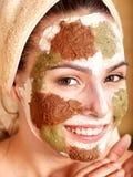 naturliga ansikts- hemlagade maskeringar för lera royaltyfri bild