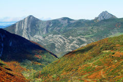 Naturliga Somiedo parkerar i Asturias Arkivfoton