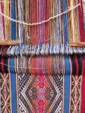 Naturligt färgat ullgarn i peruanska Anderna på Cuzco Royaltyfri Foto