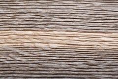 Naturligt skrapat mörkt trä, myrektextur som bakgrund Ideal naturlig textur för din personliga design royaltyfria bilder