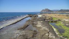 Naturligt vagga bildande på den Koru stranden, Gazipasa, Antalya, Turkiet arkivfilmer