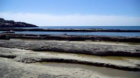 Naturligt vagga bildande p? den Koru stranden, Gazipasa, Antalya, Turkiet lager videofilmer
