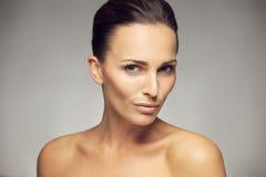 Naturschönheit mit frischer und sauberer Haut Lizenzfreies Stockfoto