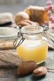 Naturskönhetsmedel, handgjord förberedelse med nödvändiga oljor och a royaltyfri foto
