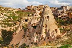 Natursteinfestung in Uchisar stockfotos