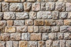 Natursteinwandbeschaffenheit - Hintergrund stockbilder