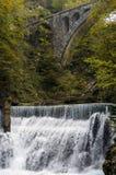 Natury jesieni krajobraz Siklawa przy Soteska Vintgar Slovenia Zdjęcia Stock