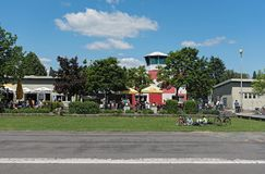 Natuurlijk en recreatief gronden Oud vliegveld in Frankfurt-Bonames royalty-vrije stock afbeeldingen