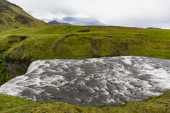 Natuurlijke aardige en mooie waterval op IJsland royalty-vrije stock fotografie